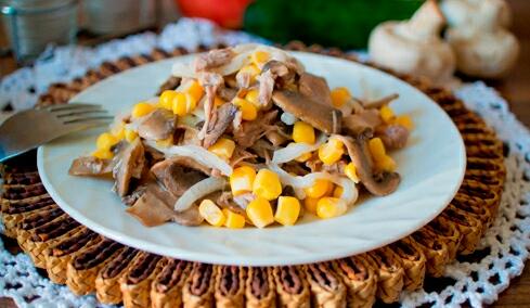 Салат с курицей - рецепт с фото и пошаговым описанием
