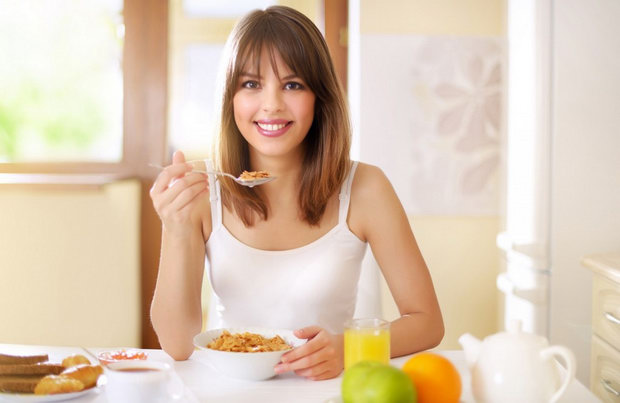 От такого завтрака, Вы навсегда забудете про лишний вес. Идеальный завтрак для женщины: полезный питательный и диетический одновременно.