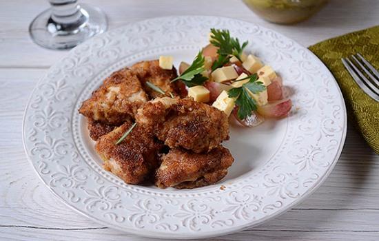 Курица в панировке маринованная в соевом соусе - готовиться 20 минут! Пошаговый фото-рецепт панированного куриного филе с восточным ароматом