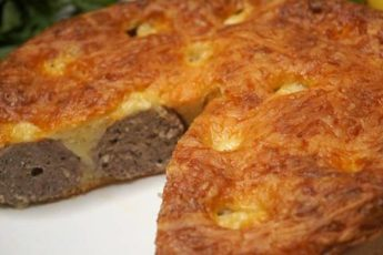 Пирог с фрикадельками за 7 минут, нравится ВСЕМ без исключения!