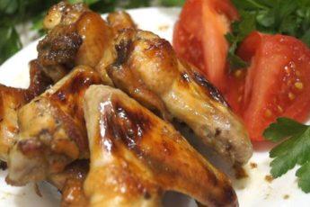 Очень удачный рецепт Куриных крылышек с хрустящей корочкой. Весь секрет в маринаде!