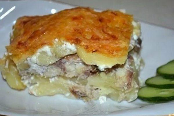 Запеканка из картофеля со скумбрией