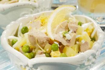 Салат из печени трески с картошкой