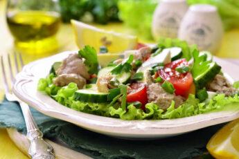 Салат из печени трески консервированной