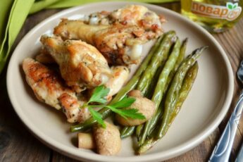 Жареные куриные крылышки на сковороде