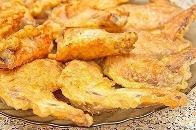 Крылышки в кляре — обалденная закуска. Улетает моментально со стола