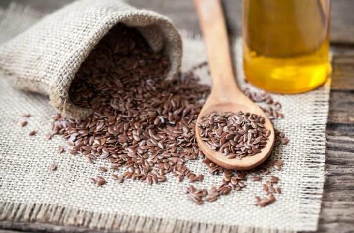 Мед с семенами льна: работающее средство для иммунитета, сердца и сосудов