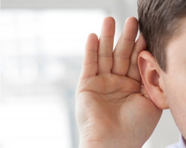 Что делать, если заложило ухо при простуде и резких перепадах давления